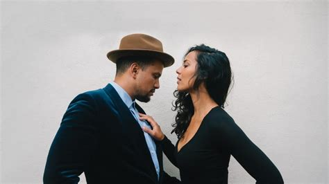 Johnnyswim perform Let It Matter in exclusive acoustic