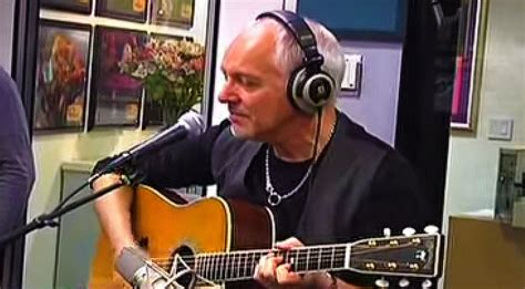 """Peter Frampton's Dreamy Acoustic Take On """"Baby, I Love"""